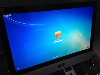 Mac上でWindowsOSが使用できます。(写真はWindows7)